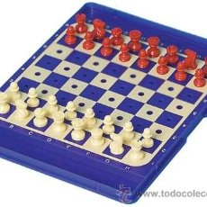Juegos de mesa: CHESS. AJEDREZ DE VIAJE DE PLÁSTICO CON AGUJEROS DESCATALOGADO!!! ÚNICO!!!. Lote 143283129