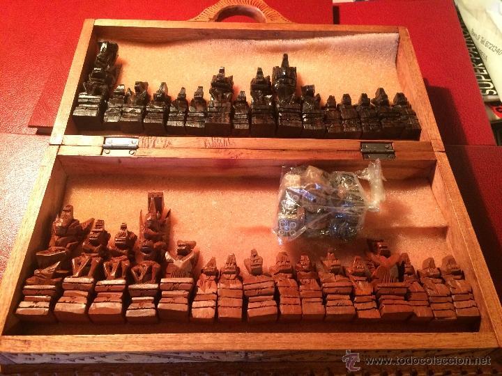 Juegos de mesa: Antiguo juego de ajedrez y backgammon hecho a mano con figuritas cortadas a mano en madera - Foto 5 - 51786116