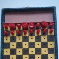 Juegos de mesa: JUEGO DE AJEDREZ INGLES AÑOS 60. VINTAGE. TRAVEL CHESS. REISE SCHACH.. Lote 54257994