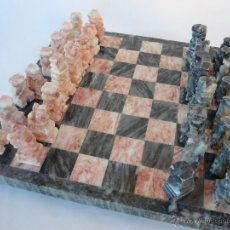 Juegos de mesa: JUEGO DE AJEDREZ TABLERO Y FICHAS DE MARMOL 18 X 18 CM.. Lote 54579847