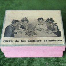 Juegos de mesa: JUEGO DE LOS ANILLITOS SALTADORES.CARTÓN. MADERA. ESPAÑA. CIRCA 1930.. Lote 49338357