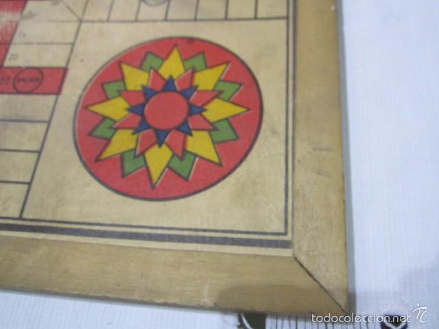 Juegos de mesa: Antiguo tablero Oca y Parchís de cartón con bordes de madera. 35 x 35 cms. - Foto 7 - 57101115