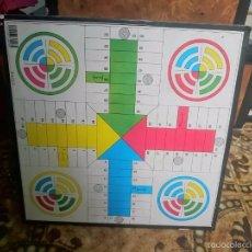 Juegos de mesa: PARCHIS Y AJEDREZ - EN EL MISMO TABLERO -- REF-M2ARR. Lote 58229472