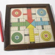 Juegos de mesa: PEQUEÑO Y CURIOSO PARCHIS DE JUGUETE DE SOLO 18 CENTIMETROS. Lote 58373610