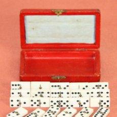 Juegos de mesa: ANTIGUO MINI DOMINO EN RESINA. ESPAÑA. SIGLO XIX. INCLUYE CAJA ORIGINAL.. Lote 59502055