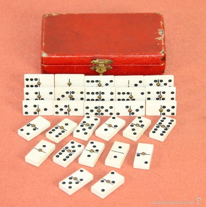 Juegos de mesa: ANTIGUO MINI DOMINO EN RESINA. ESPAÑA. SIGLO XIX. INCLUYE CAJA ORIGINAL. - Foto 2 - 59502055