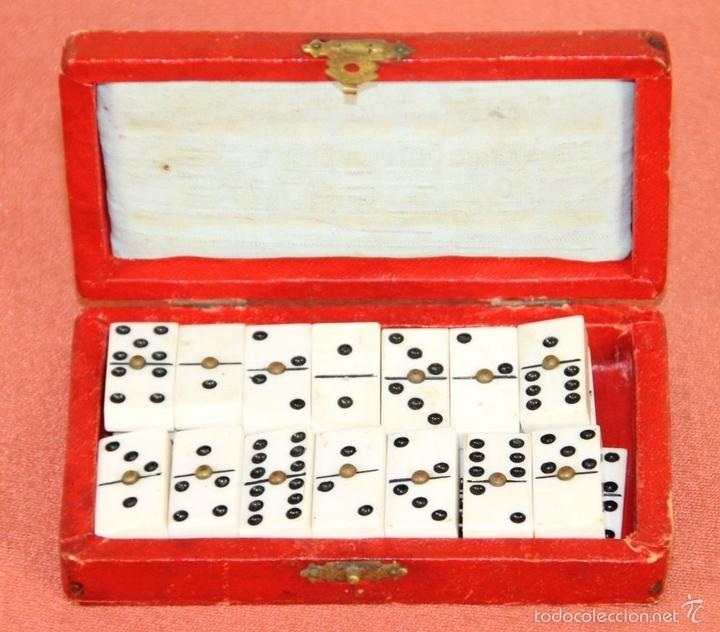 Juegos de mesa: ANTIGUO MINI DOMINO EN RESINA. ESPAÑA. SIGLO XIX. INCLUYE CAJA ORIGINAL. - Foto 3 - 59502055