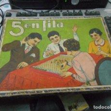 Juegos de mesa: MUY ANTIGUO JUEGO DE MESA 5 EN FILA CON SU CAJA . Lote 62753472