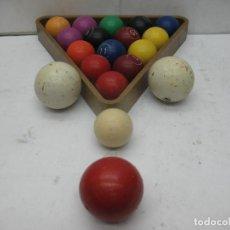 Juegos de mesa: BOLAS DE BILLAR CON TRES BOLAS DE MAYOR TAMAÑO ADICIONALES. Lote 99428431