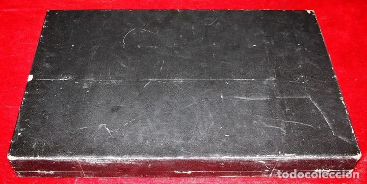Juegos de mesa: AJEDREZ. FICHAS EN ACERO INOXIDABLE Y RESINA. NOVA-INOX. BARCELONA. CIRCA 1960. - Foto 16 - 66299538