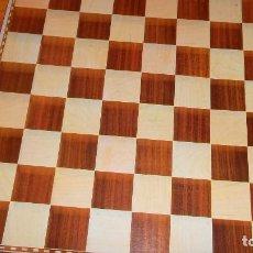 Juegos de mesa: JUEGO DE AJEDREZ Y DAMAS MAGNÉTICO.. Lote 74710499