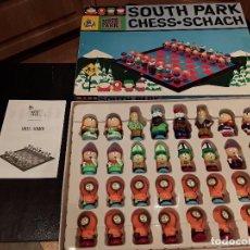 Juegos de mesa: AJEDEREZ SOUTH PARK. Lote 76421591