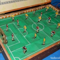 Juegos de mesa: (M) FUTBOL - FUTBOLIN ELECTRO MAGNETICO DE CLAM , AÑOS 50 , VER FOTOGRAFIAS. Lote 78269641