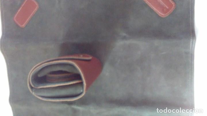 Juegos de mesa: Conjunto de juego de mus con tapete, estuche y posavasos en piel. Ayuntamiento de Madrid - Foto 16 - 79751401
