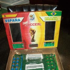 Juegos de mesa: TOTAL SOCCER 2010 FIFA WORLD CUP. Lote 79795425