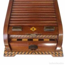 Juegos de mesa: MUEBLE ESTUCHE PARA AJEDREZ Y DAMAS. Lote 92499635