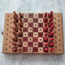 Juegos de mesa: AJEDREZ PLEGABLE TAMAÑO PEQUEÑO. AÑOS 60. . Lote 96029575