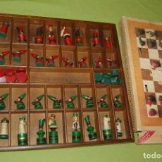 Juegos de mesa: AJEDREZ DE MADERA NAVIDEÑO. Lote 97768103