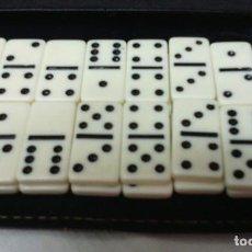 Juegos de mesa: DOMINÓ DE VIAJE EN MARFIL PULIDO CON ESTUCHE DE PIEL . Lote 98775191