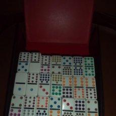 Juegos de mesa: DOMINO 137 PIEZAS PERFECTAS BIEN CONSERVADO. Lote 102477207