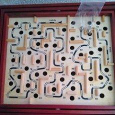 Juegos de mesa: JUEGO DE MESA DE MADERA DE LABERINTO ( EN SU CAJA ). Lote 103643711