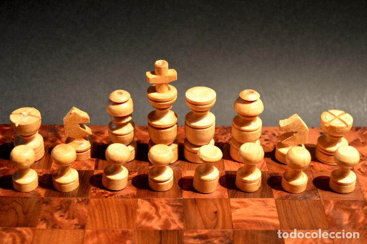 Juegos de mesa: AJEDREZ Y BACKGAMMON EN MARQUETERÍA DE MADERA Y MALETÍN HECHO A MANO - Foto 6 - 103735755