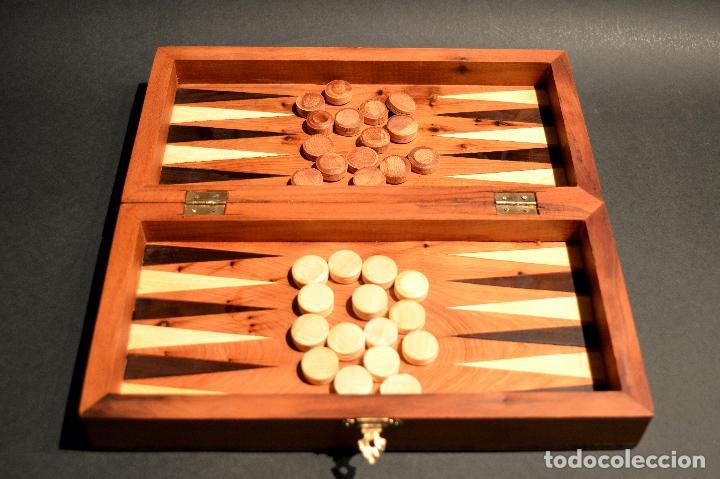 Juegos de mesa: AJEDREZ Y BACKGAMMON EN MARQUETERÍA DE MADERA Y MALETÍN HECHO A MANO - Foto 9 - 103735755