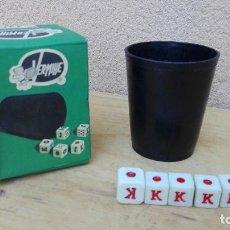 Juegos de mesa: JUEGO DE DADOS POKER VERMIHE EN CAJA ORIGINAL. Lote 103891335