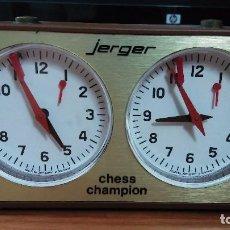 Juegos de mesa: RELOJ DE AJEDREZ MARCA JERGER MODELO CHESS CHAMPION. Lote 104657427