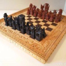 Juegos de mesa: MAGNÍFICO AJEDREZ BACKGAMMON DE BALI - PRECIOSO TABLERO TALLADO. Lote 105193171