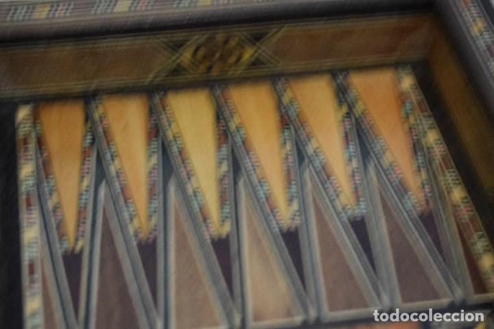 Juegos de mesa: Ajedrez y backgamon realizado en marqueteria con incrustaciones de maderas nobles y nacar - Foto 14 - 107000963