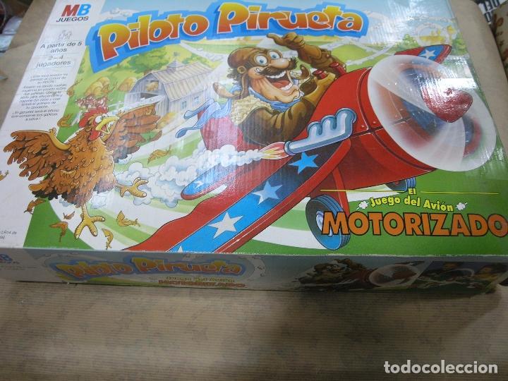 JUEGO PILOTO PIRUETA AVIÓN MOTORIZADO MB (Juguetes - Juegos - Juegos de Mesa)