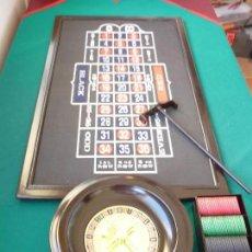 Juegos de mesa: RULETA Y TABLERO Y BLAK JACK. CAJA DE FICHAS RECOJEDOR DE FICHAS. ETC ETC.... Lote 109388043
