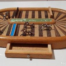 Juegos de mesa: MAGNIFICO UNICO ANTIGUO JUEGO DE CARRERAS DE CABALLOS AÑOS 40 350,00 € DE MUSEO. Lote 109503363