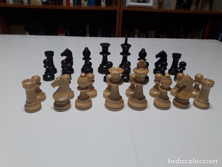 PIEZAS DE AJEDREZ DE MADERA. STAUNTON 6. MODELO EUROPA. (Juguetes - Juegos - Juegos de Mesa)