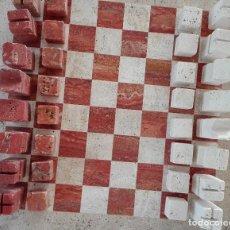 Juegos de mesa: TABLERO Y FICHAS DE AJEDREZ EN MÁRMOL ITALIANO ORIGEN: VENECIA 1981. Lote 111878599
