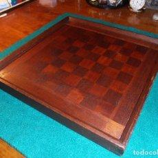Juegos de mesa: TABLERO DE AJEDREZ.. Lote 112346607