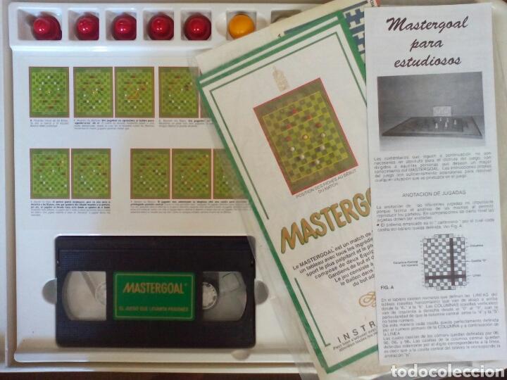 Juegos de mesa: ANTIGUO JUEGO FÚTBOL MASTERGOAL - Foto 2 - 112783154