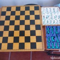 Juegos de mesa: JUEGO DE AJEDREZ, TABLERO Y PIEZA. Lote 112808407
