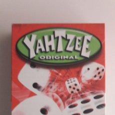 Juegos de mesa: YAHTZEE JUEGO DE DADOS. Lote 112828763