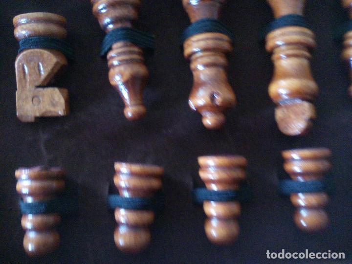 Juegos de mesa: JUEGO DE AJEDREZ, TABLERO Y PIEZAS DE MADERA - Foto 4 - 113866691