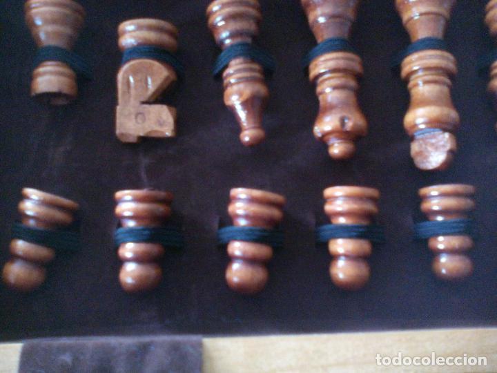 Juegos de mesa: JUEGO DE AJEDREZ, TABLERO Y PIEZAS DE MADERA - Foto 5 - 113866691