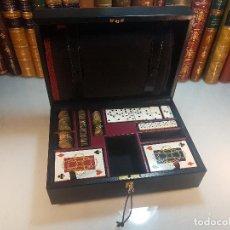 Juegos de mesa: ESTUCHE DE JUEGOS DE AZAR PUIG DORIA - CARTAS - DOMINÓ - FOURNIER - TETRADACMAS GRIEGOS - EXCLUSIVO. Lote 114434443