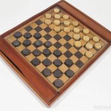 Juegos de mesa: ANTIGUO TABLERO JUEGO DE AJEDREZ Y DAMAS EN MARQUETERÍA. 10X10 Y 8X8 FILAS.. Lote 118123879