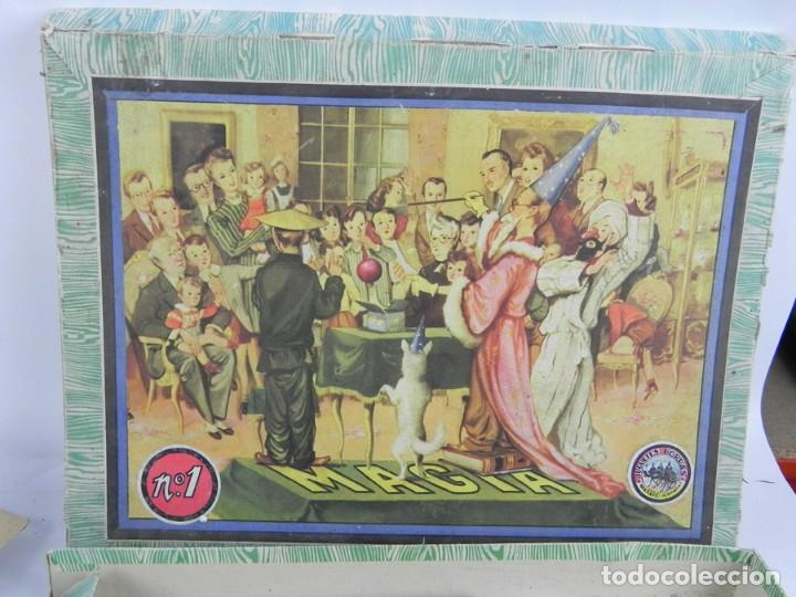 Juegos de mesa: ANTIGUO JUEGO DE MAGIA BORRAS nº 1. CONTIENE EL FOLLETO EXPLICATIVO Y ALGUN TRUCO, LA CAJA MIDE 39 X - Foto 2 - 118795703