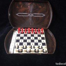Juegos de mesa: ANTIGUO ESTUCHE DE AJEDREZ DE VIAJE. Lote 120908415