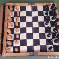 Juegos de mesa: AJEDREZ DE VIAJE. MADERA Y CARTONÉ. CIRCA 1940. . Lote 121721731