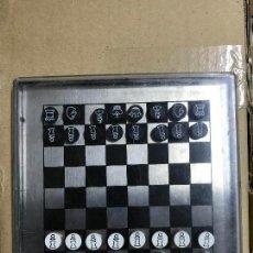 Juegos de mesa: JUEGO DE AJEDREZ MAGNÉTICO 30 CM. Lote 121928015