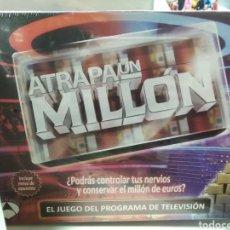 Juegos de mesa: ATRAPA UN MILLÓN. Lote 123104718