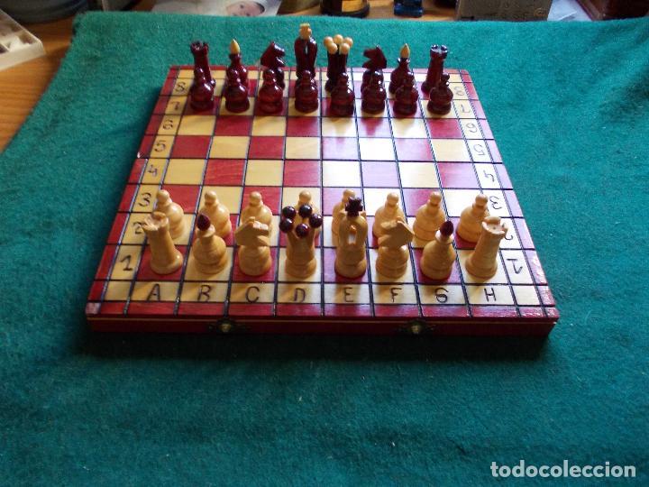 AJEDREZ CON TABLERO-CAJA 29X29 (Juguetes - Juegos - Juegos de Mesa)